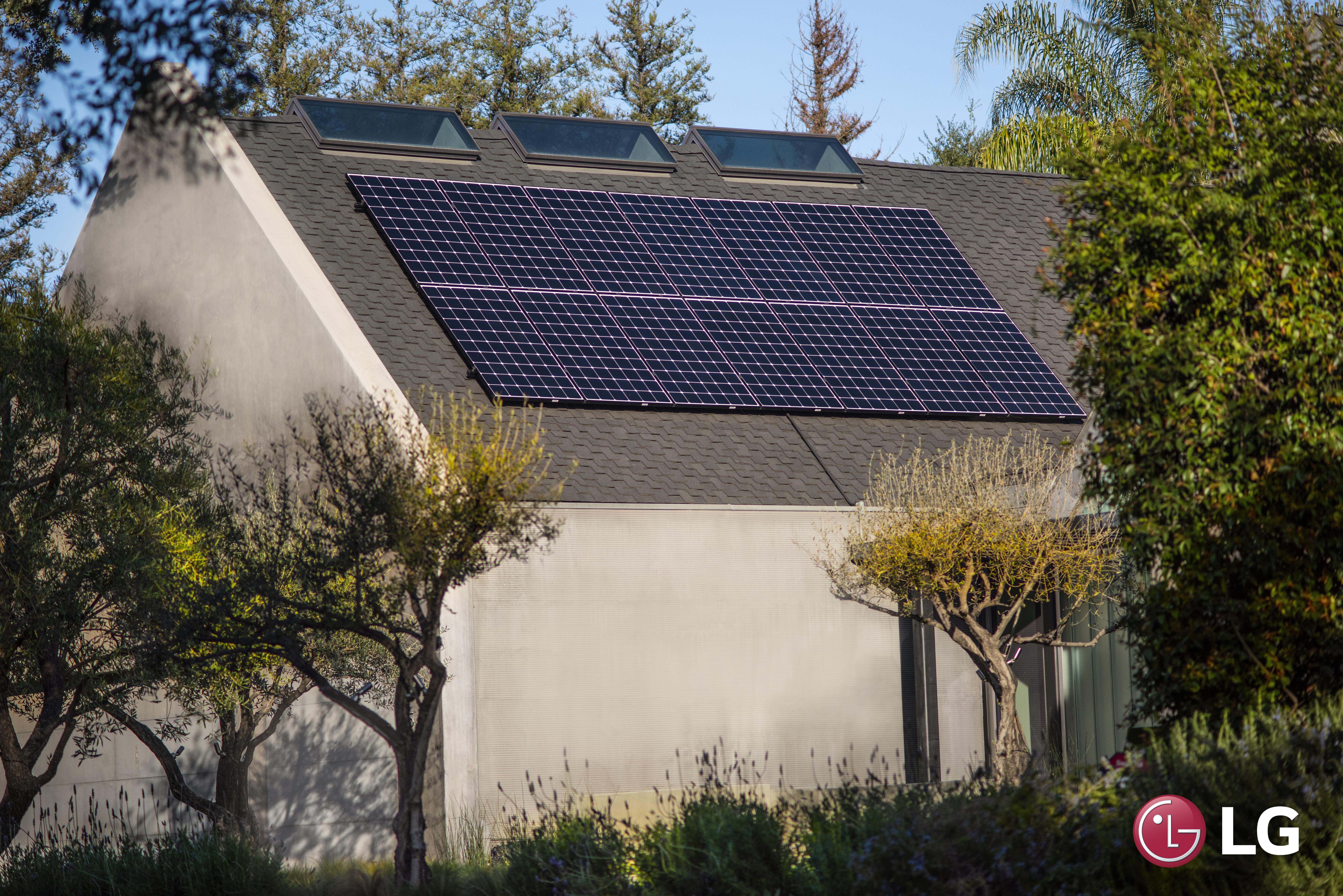 LG Solar Panel Home