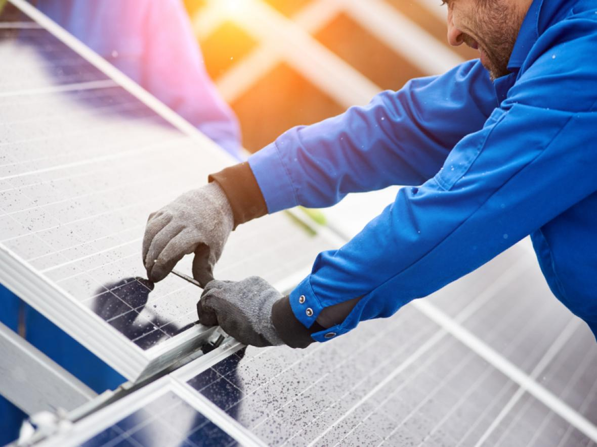 Solar panels being installed in Catalina Foothills, AZ