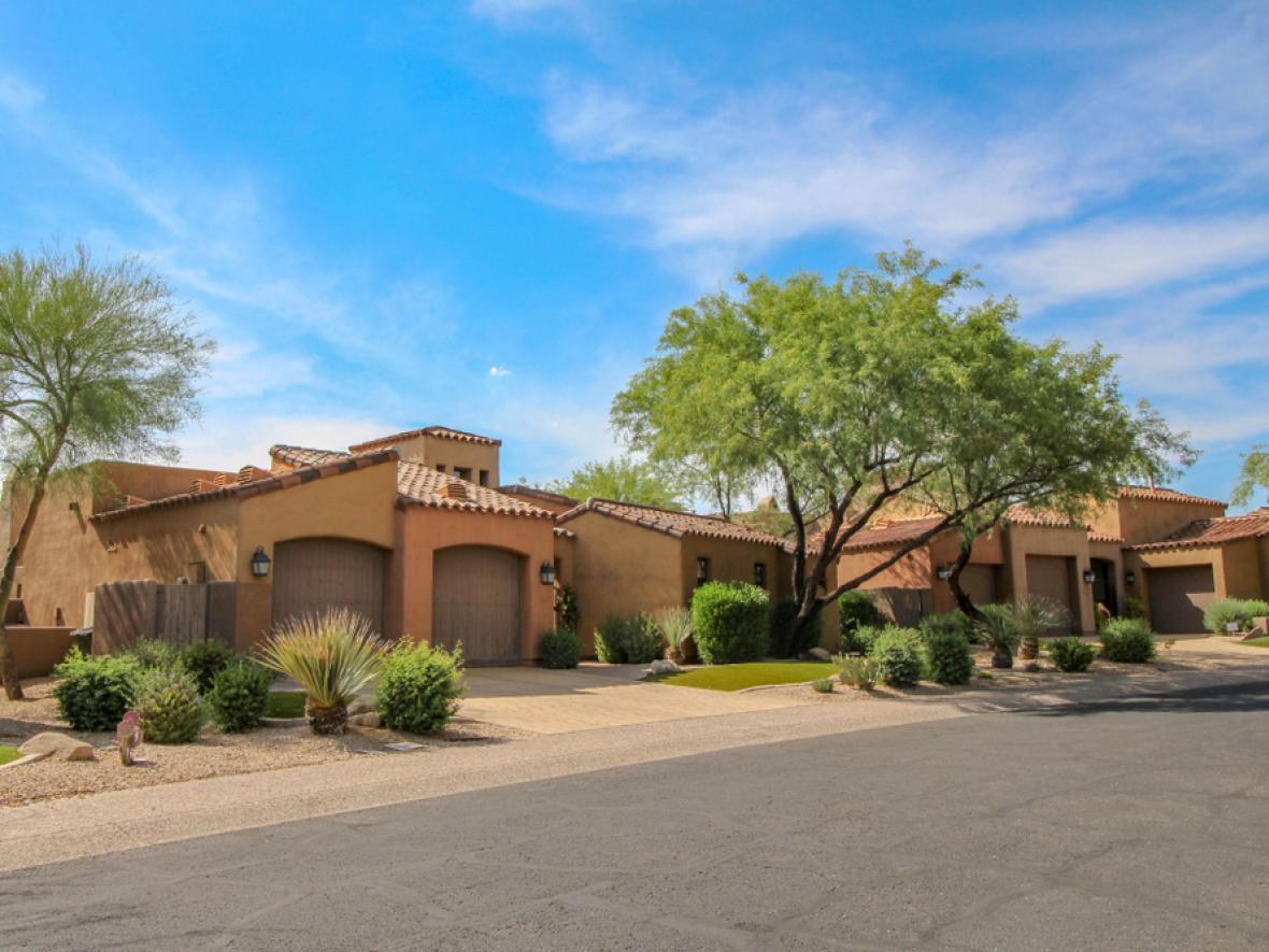 Home in Apache Junction, AZ