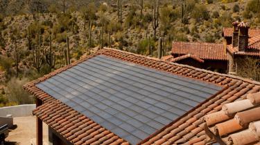 solar system on roof in desert